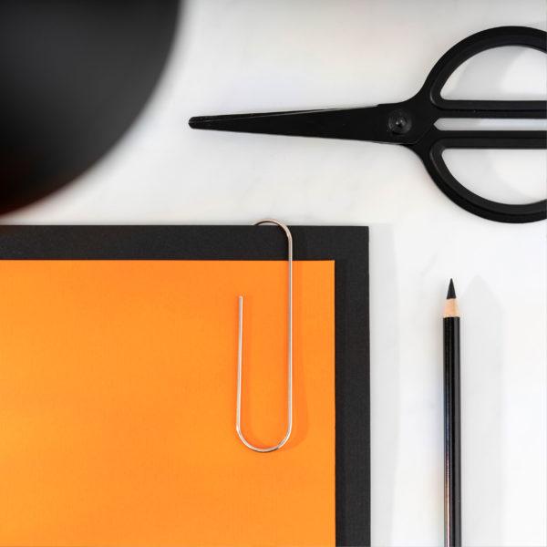 fancy-office-miljobild-gem-pappersmapp